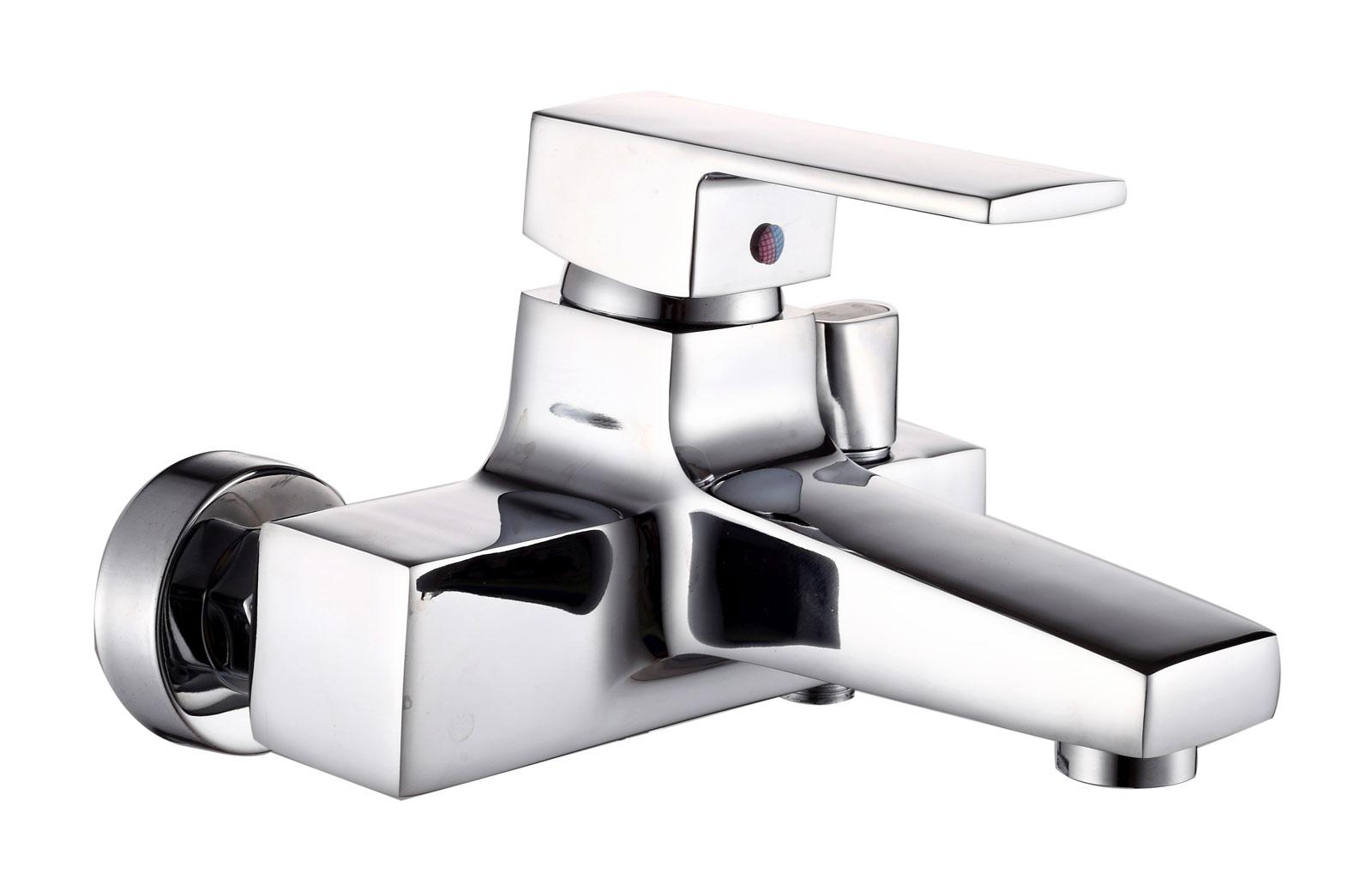 Одноручковый смеситель для ванны D3139