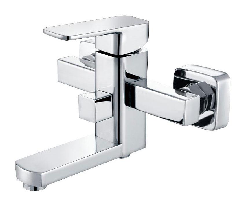 Одноручковый смеситель для ванны D3141