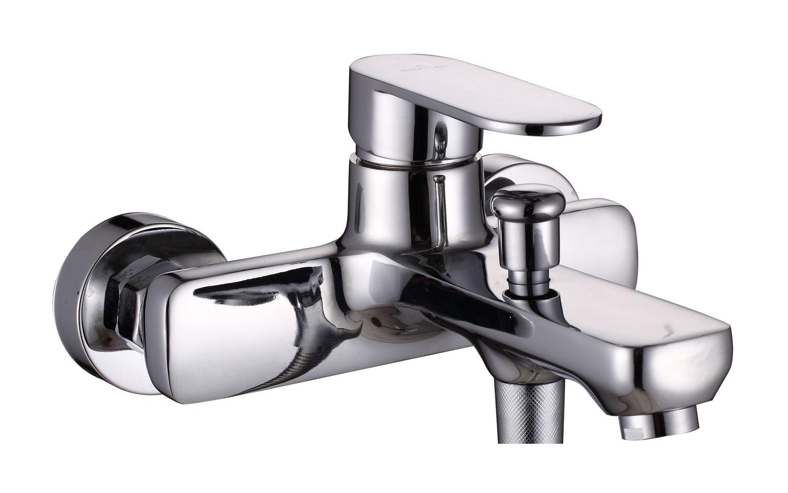 Одноручковый смеситель для ванны D3274