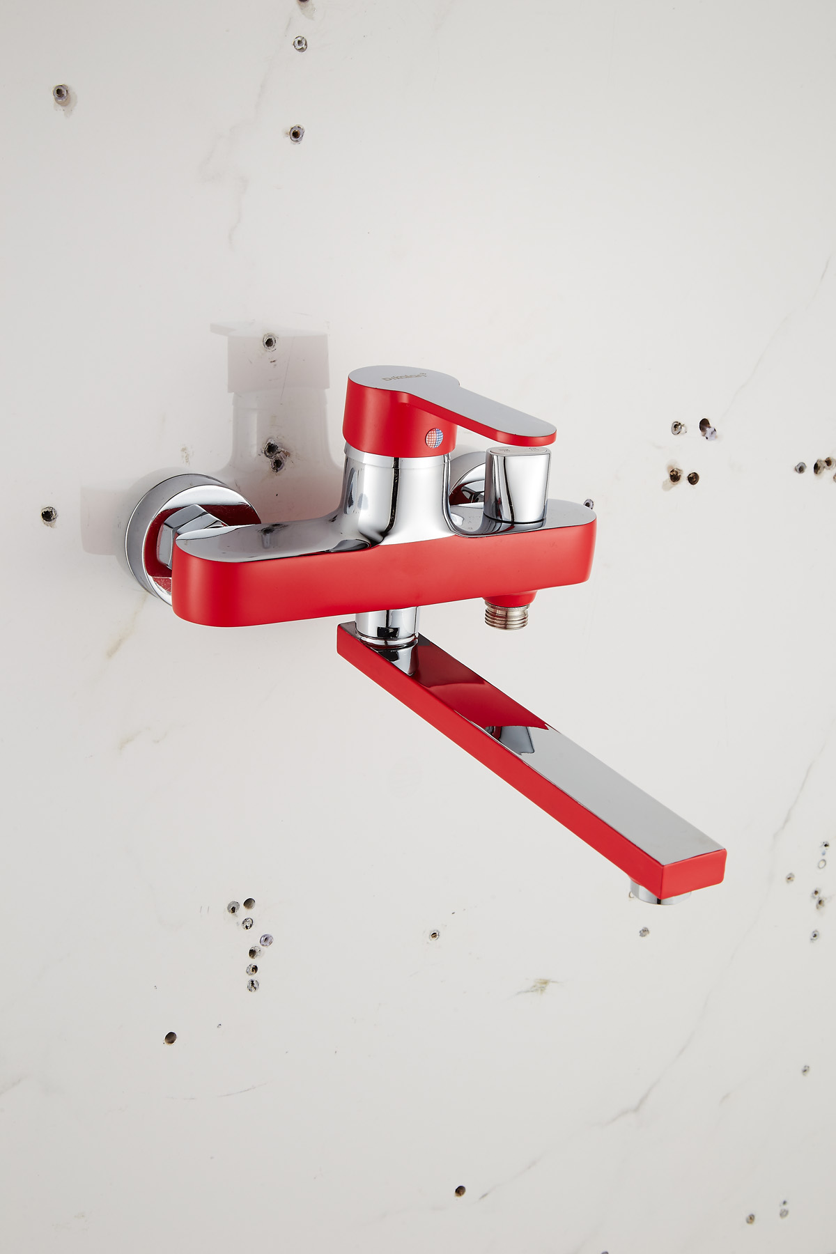 Одноручковый смеситель для ванной D2261-13